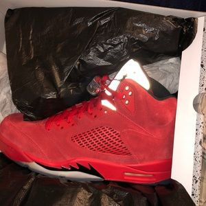 Jordan retro 5 red suedes size 10.5